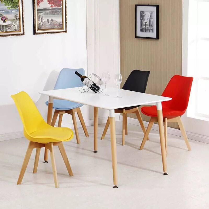 Bộ bàn ăn 80 x 120cm – 4 ghế nệm