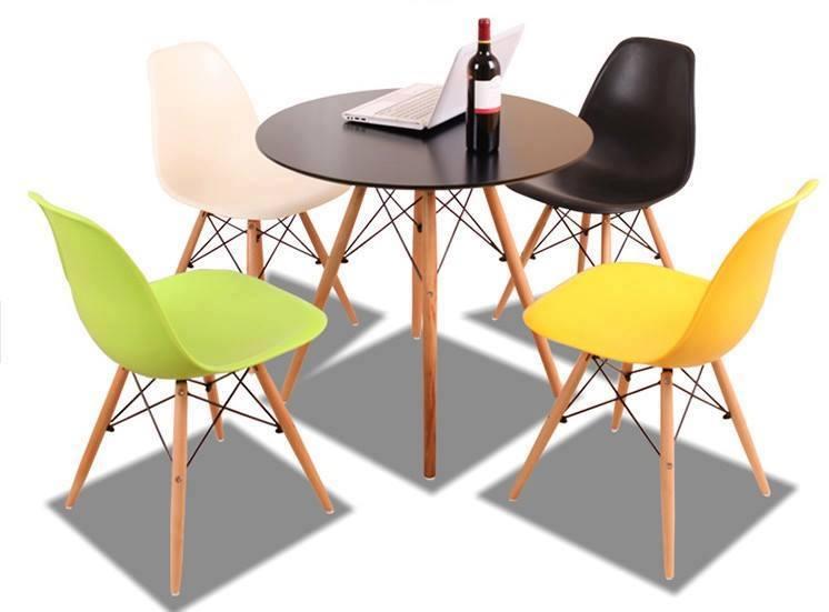 Bộ bàn ăn tròn 70cm – 4 ghế Eames : KG – B704