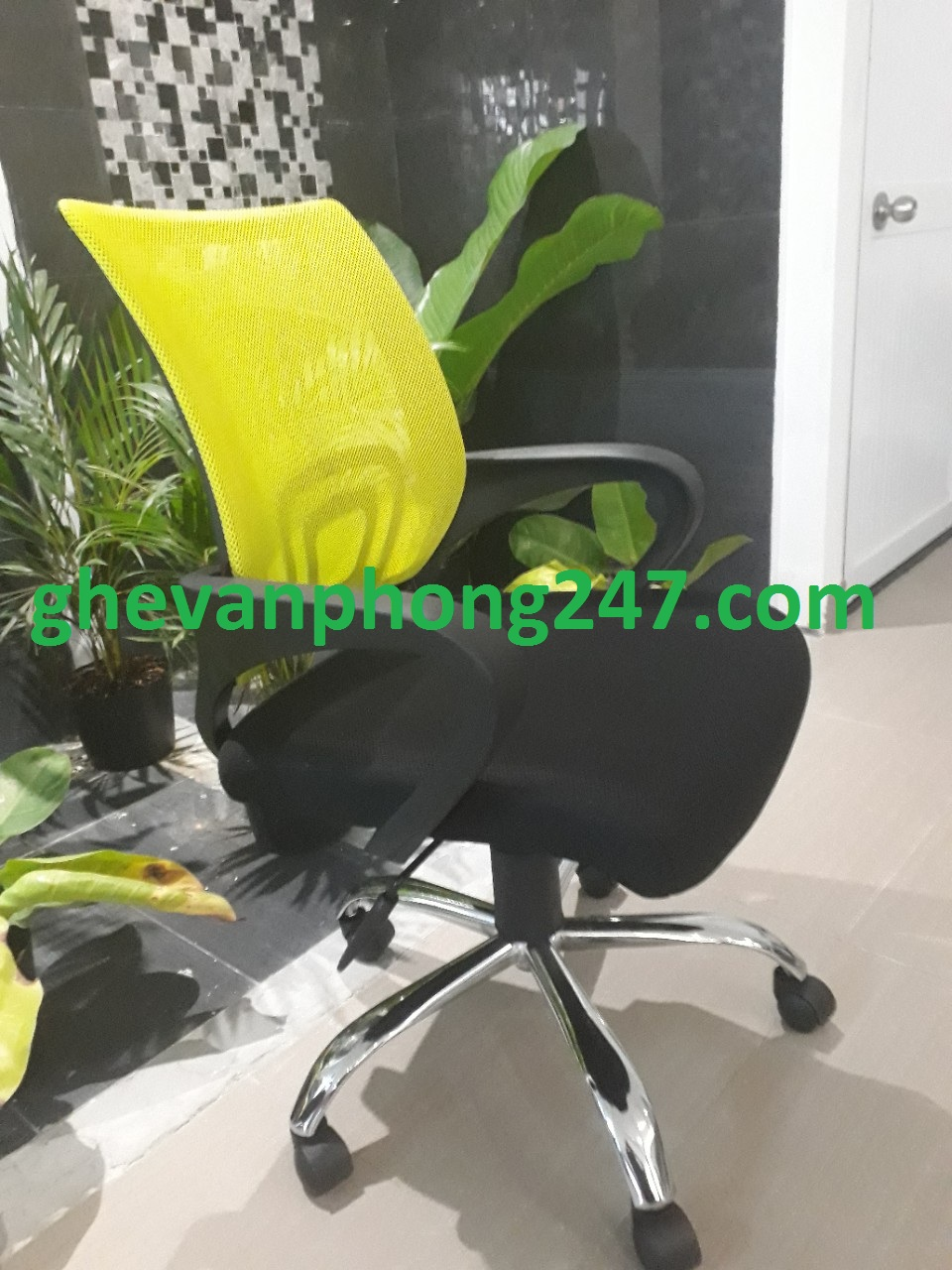 Ghế lưới văn phòng màu xanh chuối KG-112