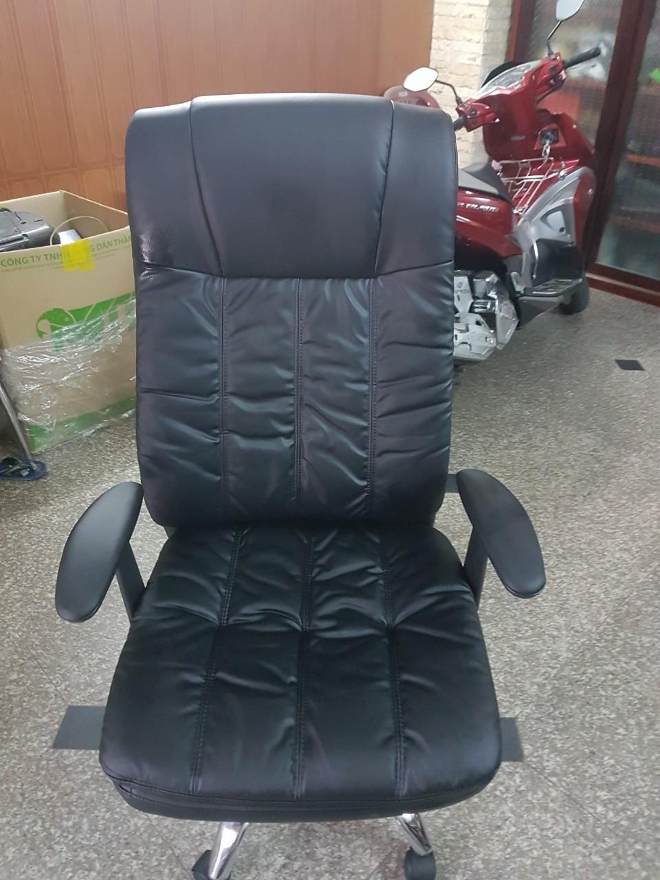 Ghế trường phòng ngả lưng màu đen KG – H202