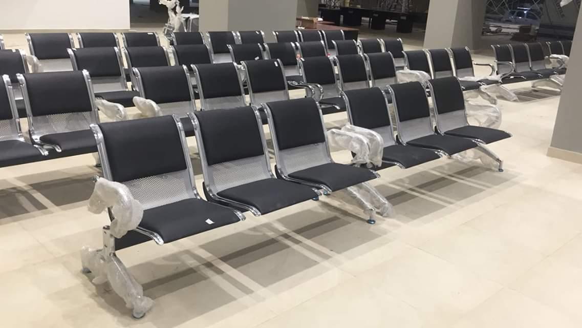 Nội thất khang gia giới thiệu 4 mẫu ghế băng chờ inox được sử dụng cho bệnh viện hoặc nhà ga