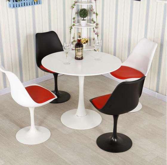 Bộ bàn ghế cafe Tulip hiện đại giá rẻ – Mã : T1079