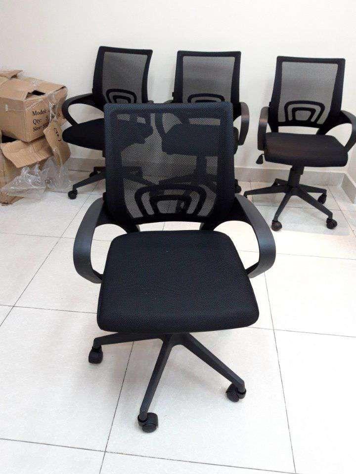 Ghế xoay lưới văn phòng chân nhựa cao cấp – Mã : 112B