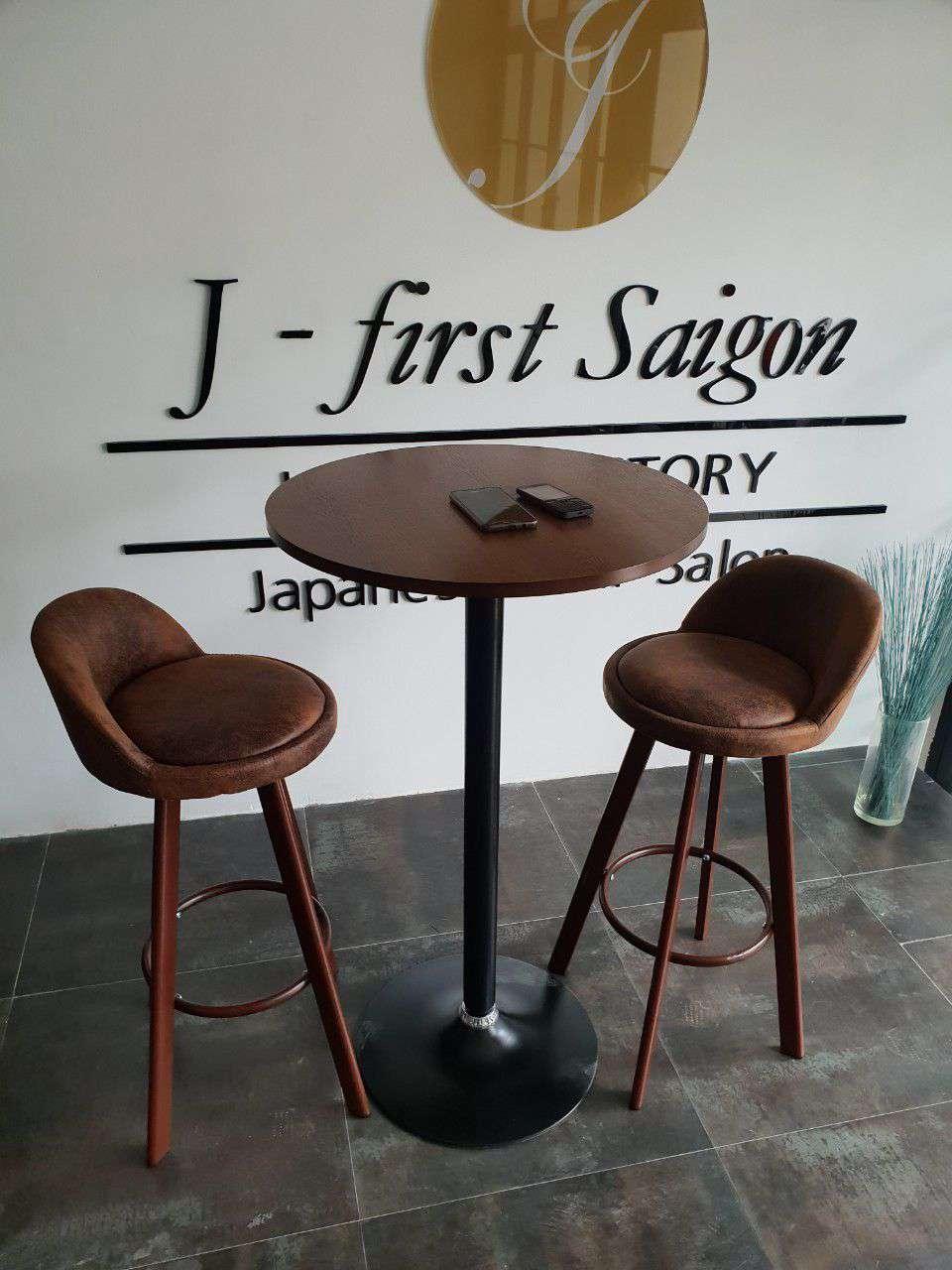 Bộ bàn ghế quầy bar nhập khẩu – Mã : B8012