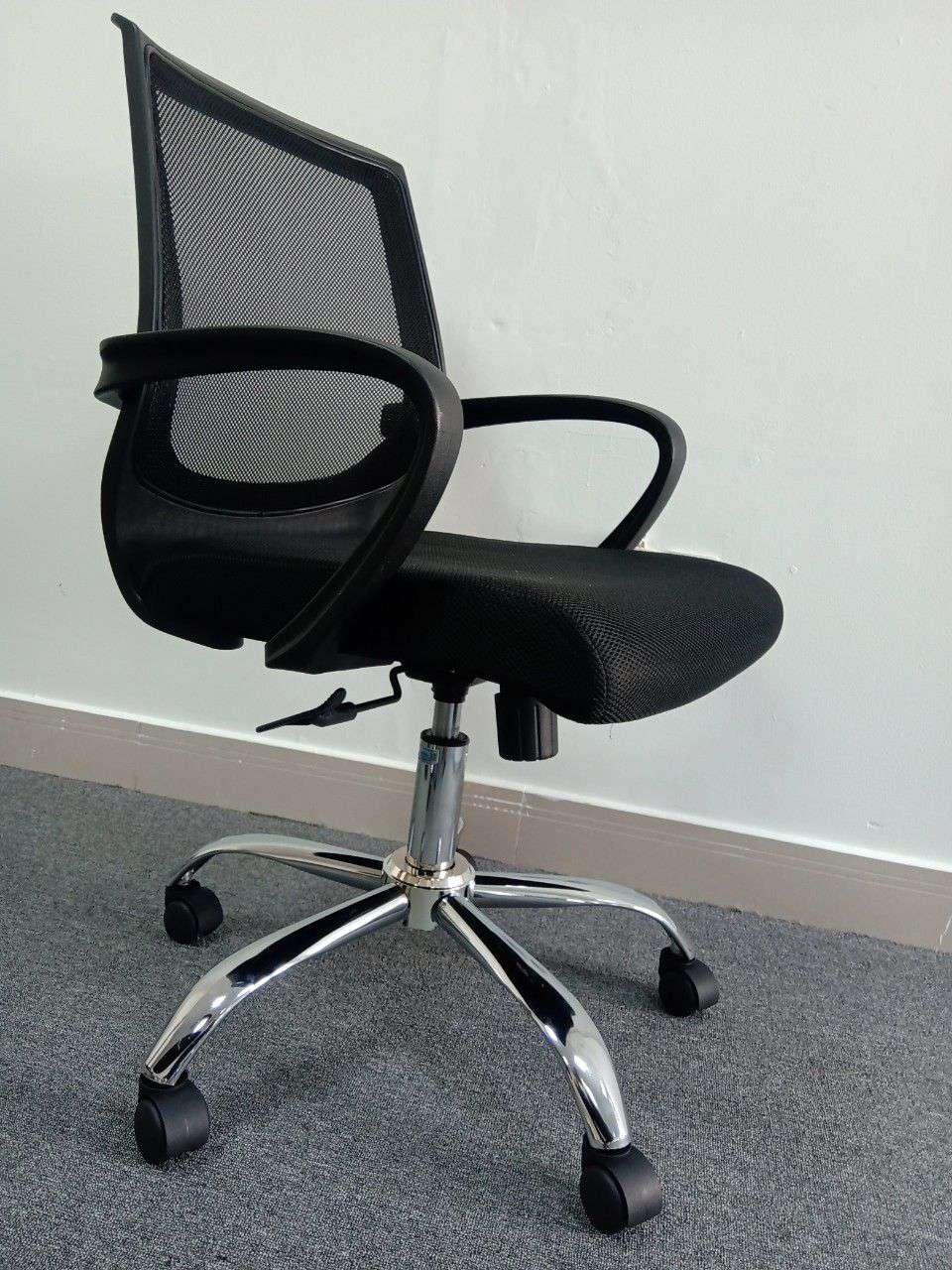 Ghế lưới văn phòng chân xoay giá rẻ – Mã : 114B
