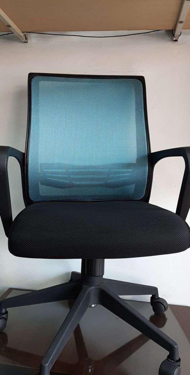 Ghế xoay văn phòng lưng lưới giá rẻ – Mã : 119B
