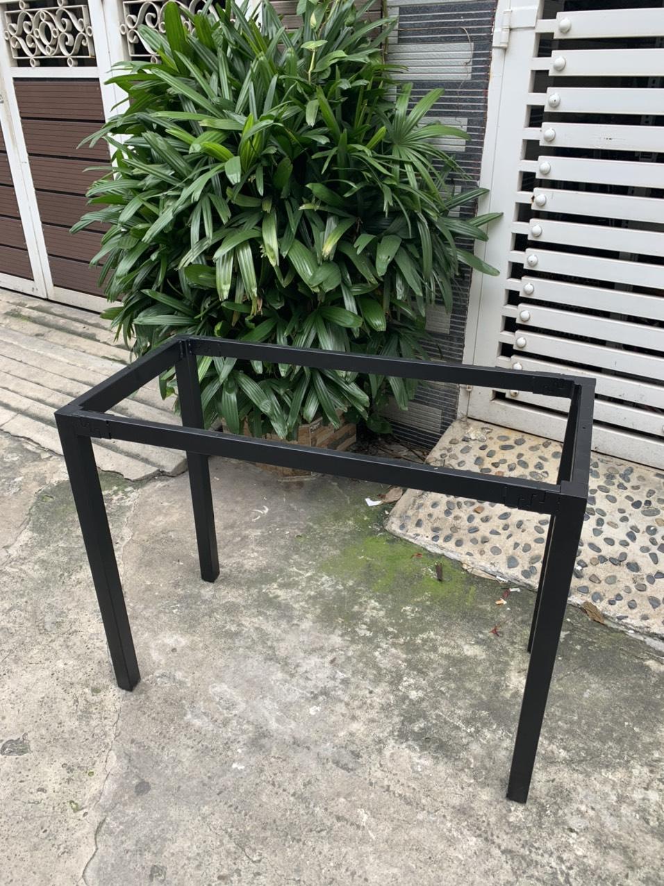 Bán khung bàn làm việc chân sắt chữ U lắp ráp : U120
