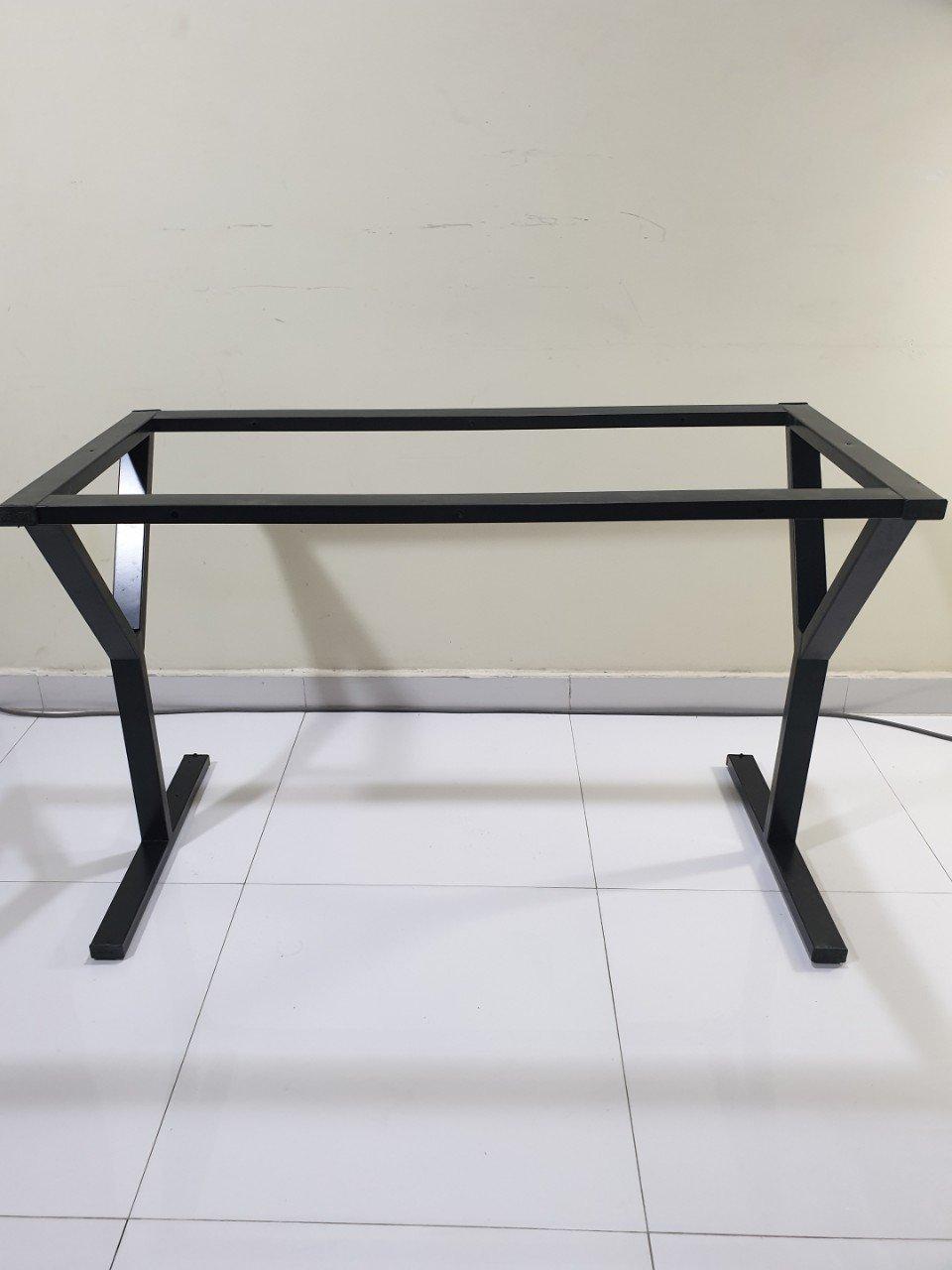 Chân bàn văn phòng 120×60 sắt vuông 25×50 lắp ráp : KY120