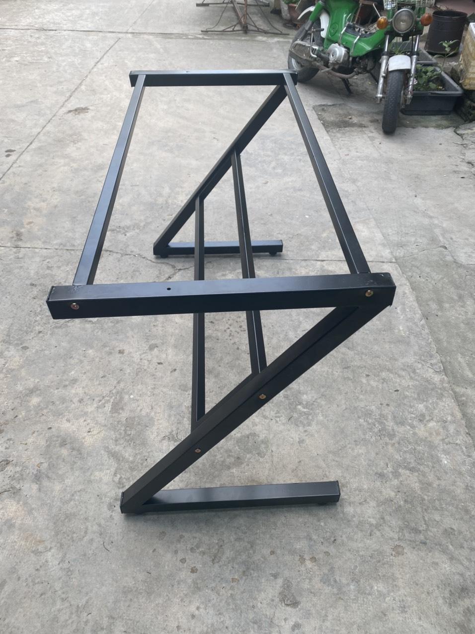 Chân bàn sắt chữ Z cho bàn 1m2 x 60 : KG – 1206Z