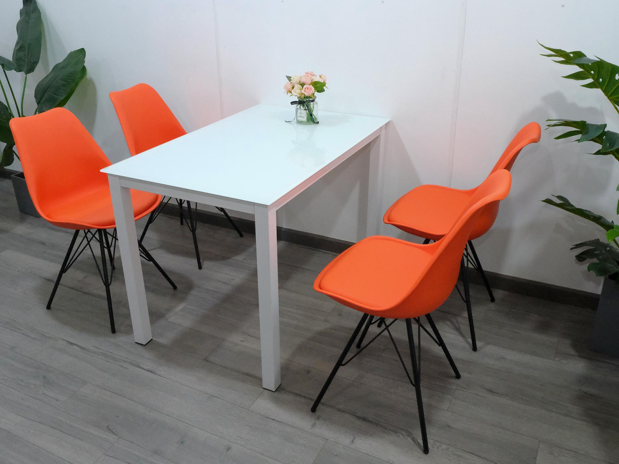 Combo bàn ghế ăn 4 người và ghế ngồi có đệm chân sắt KG – T153x4