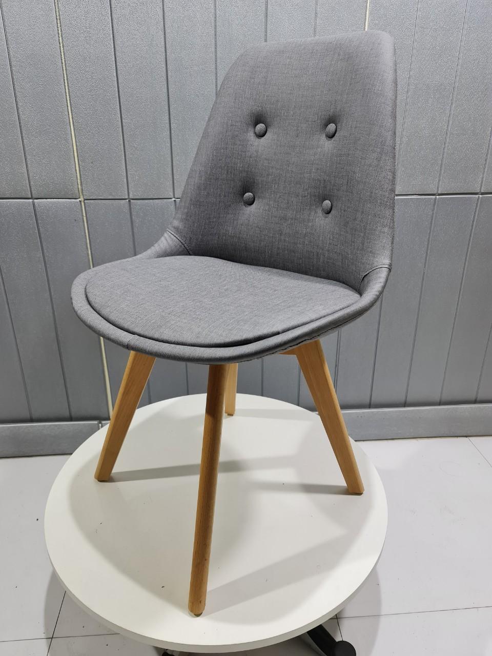 Ghế ăn, ghế cafe nệm chân gỗ đẹp – KG : E203