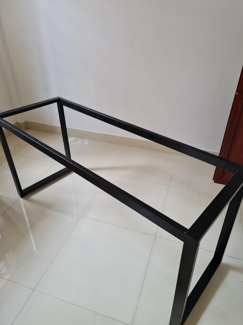 Khung bàn chân sắt sơn tĩnh điện lắp ráp 1m8x60 : KG – K1860