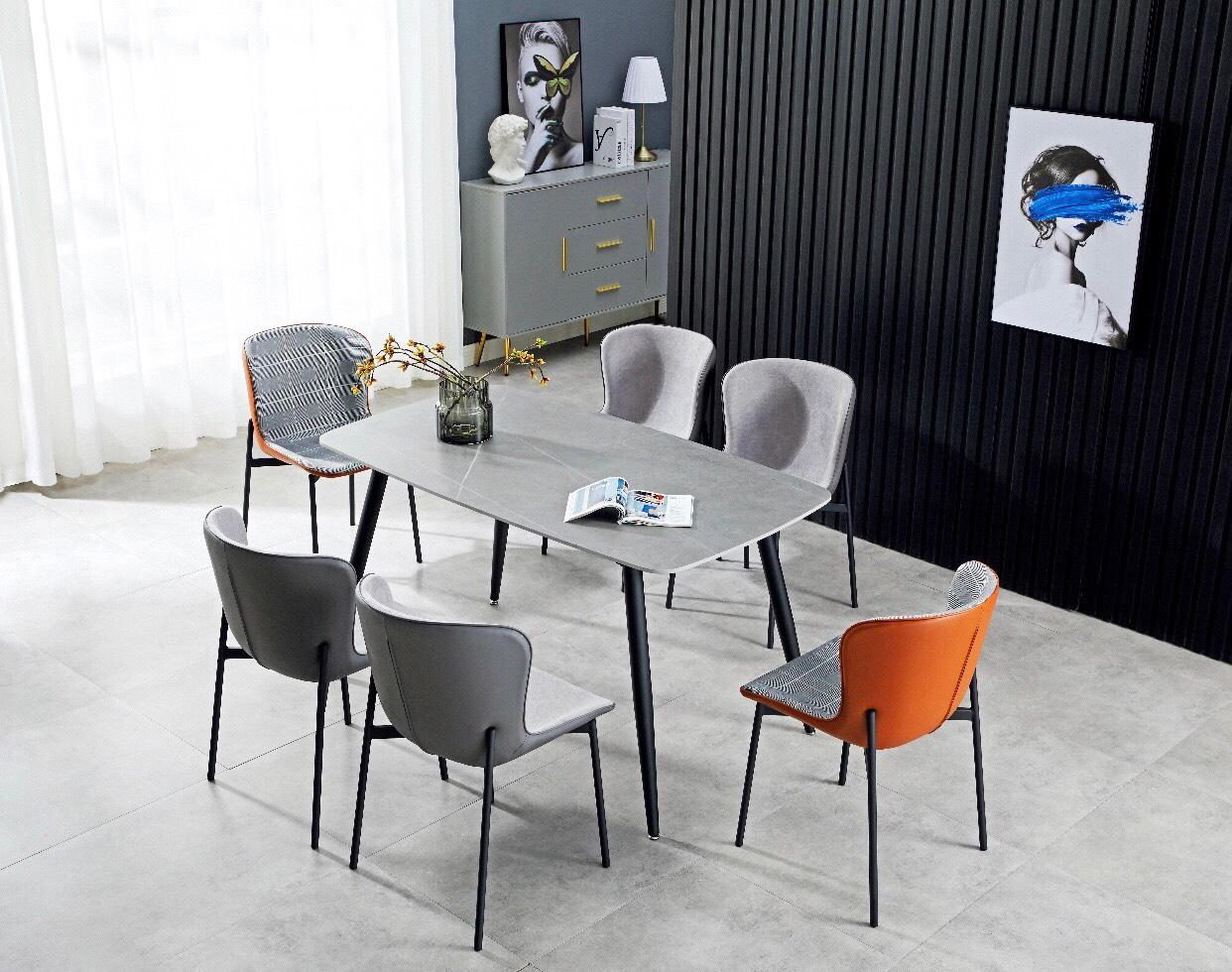Bộ Bàn ăn mặt đá 1m2 x 70 + 4 ghế hiện đại : T162-12